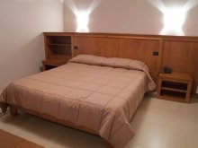 Accommodation Chier, Hotel Gio