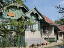 Chalet Chisindia, Boros Guesthouse