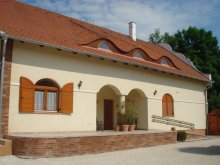 Discounted Package Hungary, Sunflower Guesthouse