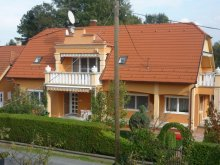 Vacation home Bolhás, Szabó Holiday Home