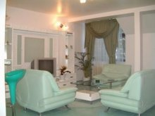 Apartman Dealu Mare, Roxy's Apartments