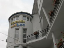Accommodation Budila, Leo B&B