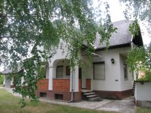 Accommodation Gyor (Győr), Feltoltodes Guesthouse