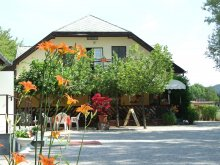Bed and breakfast Gyenesdiás, Guest House and Campsite Eldorado