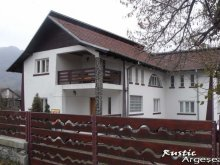 Bed and breakfast Prislopu Mare, Rustic Argeșean Guesthouse