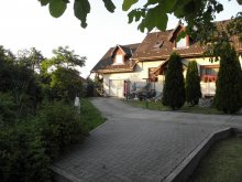 Accommodation Balaton, Fenyves Apartment