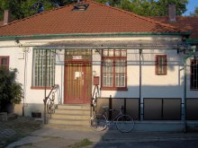 Hostel Balatonlelle, Olive Hostel