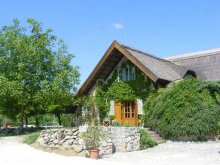 Bed & breakfast Balatonlelle, Juhfark Guesthouse