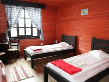 Bed & breakfast Sub Cetate, Zetevar Guesthouse