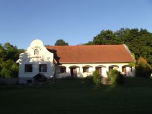 Accommodation Hont, Schotti Guesthouse
