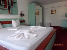 Accommodation Lacu Rezii, Cygnus Hotel