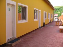 Apartment Petriceni, Kitti Guesthouse