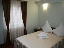Accommodation Rânghilești-Deal, Casa de Piatră Hotel