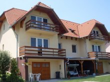 Accommodation Balatonlelle, Lala Apartments