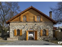 Guesthouse Nagymaros, Wine Cellar & Guesthouse