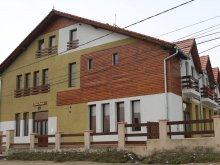 Bed and breakfast Valea Seacă, Fazi Guesthouse