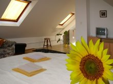 Accommodation Keszthely, Monarchia Guesthouse and Restaurant