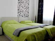 Bed and breakfast Valea Lupului, Daciana B&B