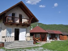Chalet Comlod, Maria Sisi Guesthouse
