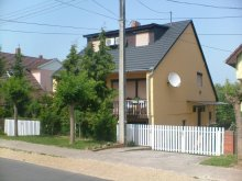 Accommodation Balatonlelle, Amalgerda Apartment