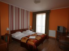 Accommodation Győr-Moson-Sopron county, Hotel-Patonai Guesthouse