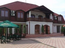 Bed & breakfast Ungra, Palace Guesthouse II