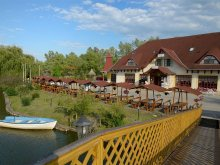 Accommodation Tiszakeszi, Fűzfa Hotel and Recreation Park