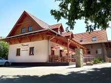 Bed & breakfast Zebegény, Malomkert Guesthouse and Restaurant