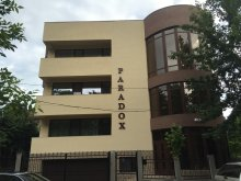 Accommodation Esechioi, Paradox Hotel