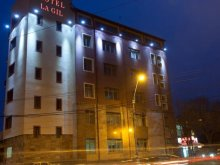 Accommodation Decindea, La Gil Hotel