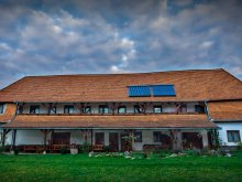 Accommodation Cristuru Secuiesc, Vicarage-Guest-house
